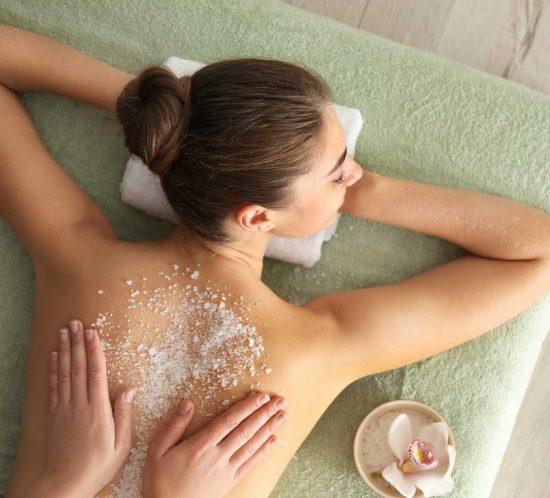 Body peeling bij Mooi! Beauty and Wellness Enschede